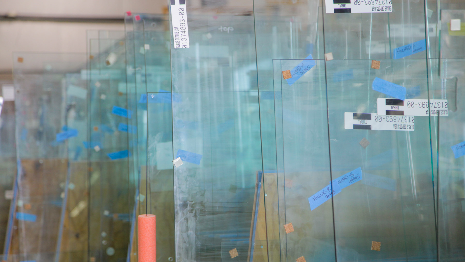 What is the difference between tempered and laminated glass?